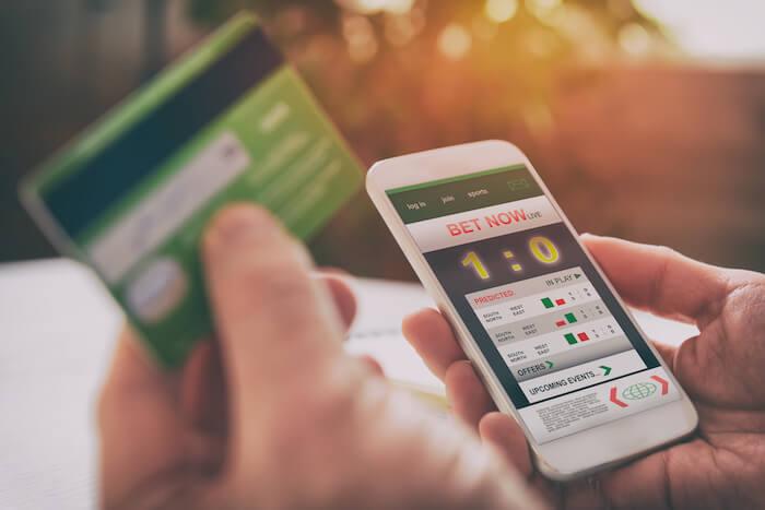 mobil och ett betalkort